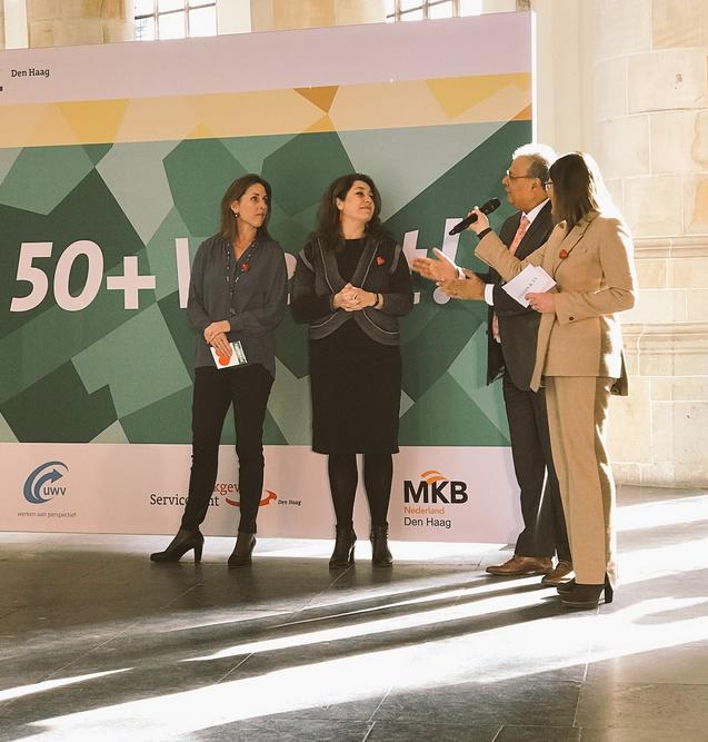 """Druk bezochte bijeenkomst """"Informatie en Banenmarkt '50+ Werkt""""!"""